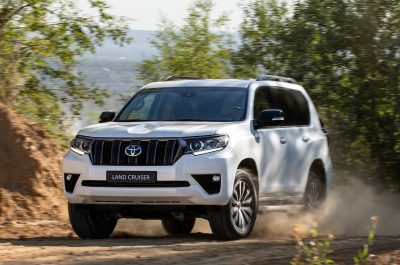 Новая Toyota Land Cruiser 2021 после рестайлинга 2
